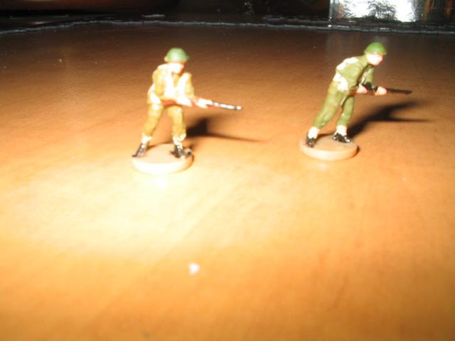 axis & allies D-Day pieces UK & Canadian infantry.jpg