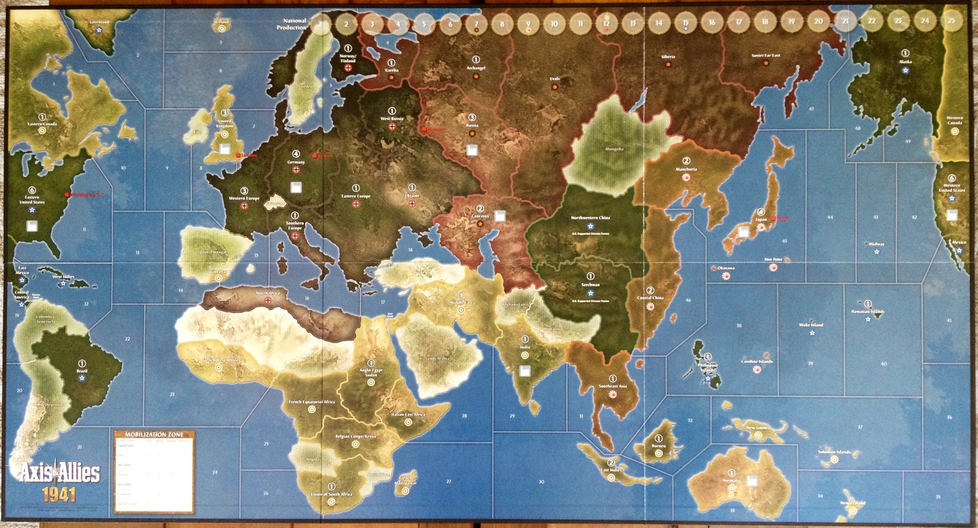 Axis allies 1941 preview contents of the box axis allies pieces gumiabroncs Images